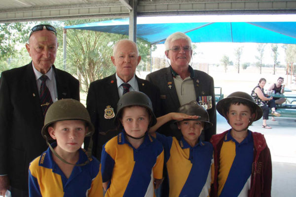 Anzac-at-Brigalow-School---180416-(3)